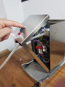 La Piccola Wasserschlauch wechseln Maschine öffnen
